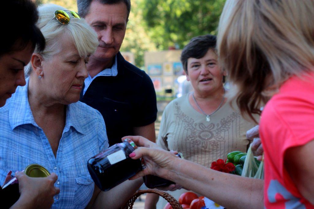 Необычное варенье на Всеукраинском Фестивале домашней консервации в Запорожье в 2015 году.
