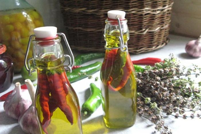 Оливковое масло также помогало сохранить продукты.